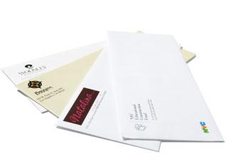 Enveloppen kunnen zonder probleem in kleur bedrukt worden met uw logo of tekst