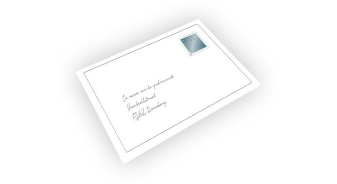 Rouwkaarten worden verstuurd in een rouwenvelop