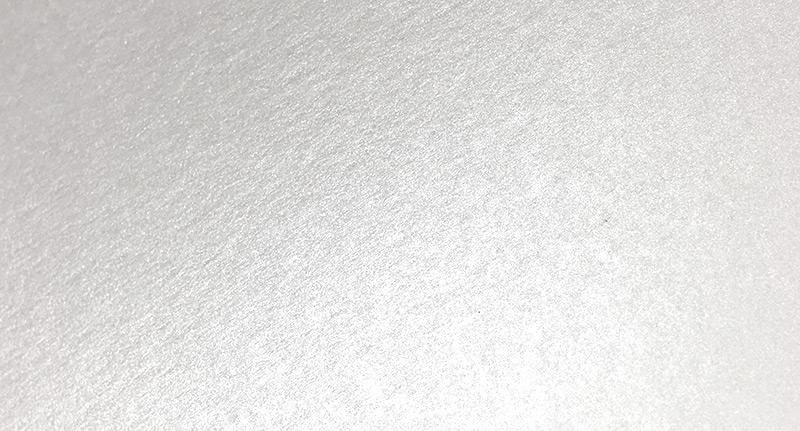 parelmoer karton en wit diamant papier met glinstering